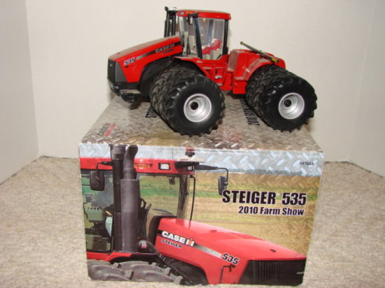 ERTL 1/32 CASE IH STEIGER 535 2010 FARM SHOW EDITION W/ BOX