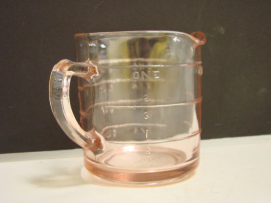 VINTAGE KELLOGG'S PINK DEPRESSION GLASS 1 CUP 3 SPOUT MEASURING CUP