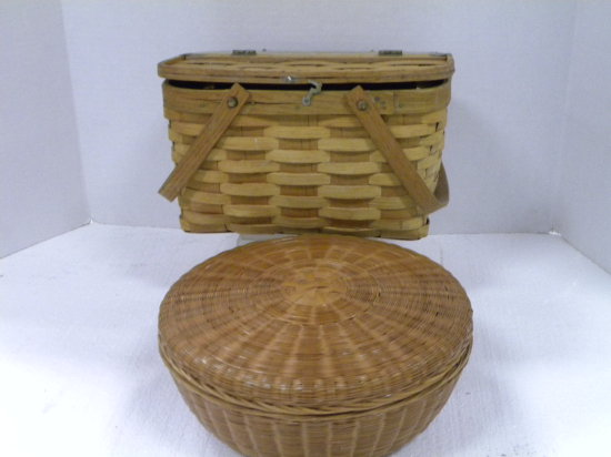 SMALL VINTAGE PICNIC BASKET & WICKER SEWING BASKET