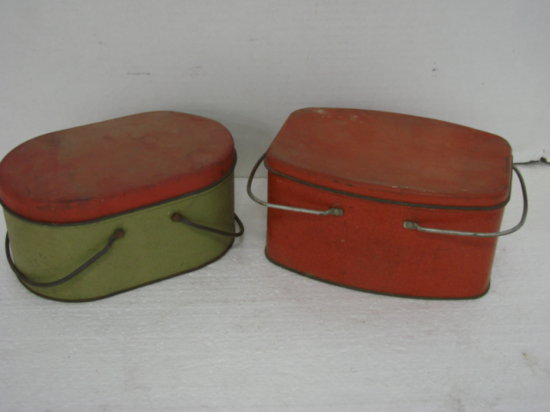 (2) VINTAGE TIN LUNCH BOXES - RED & GREEN