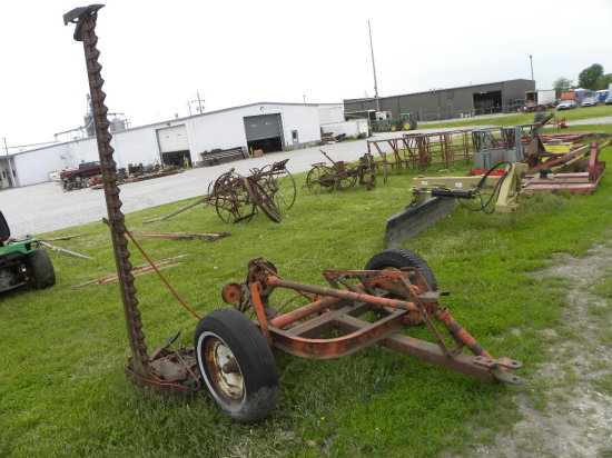 ALLIS CHALMERS PULL TYPE 7FT SICKLE MOWER