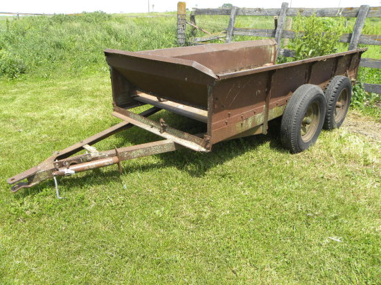 TANDEM AXLE TRAILER MADE FROM A MANURE SPREADER