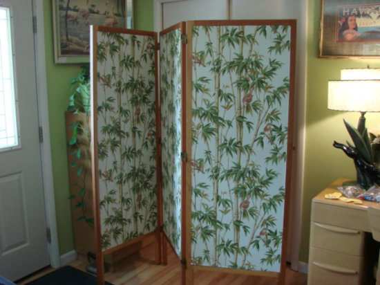 3 PANEL ROOM DIVIDER / DRESSING SCREEN