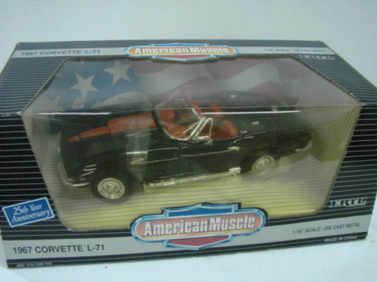 ERTL AMERICAN MUSCLE - 1967 CORVETTE L-71 NIP