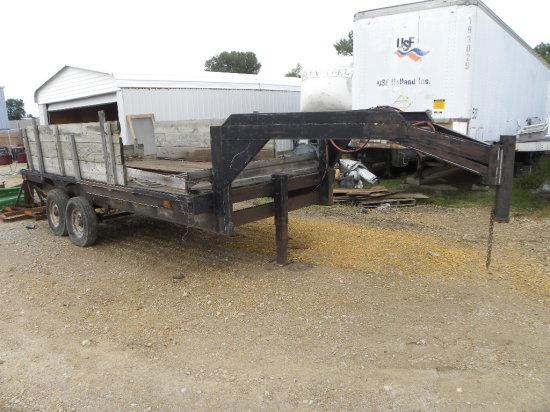 1976 Hale 16ft flatbed gooseneck trailer