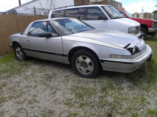 1988 Buick Reatta, 3.8 V6, AT – runs good, needs brake booster - 183,830 miles on odometer