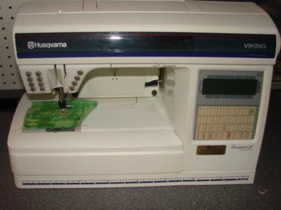 HUSQVARNA VIKING DESIGNER 2 SEWING MACHINE