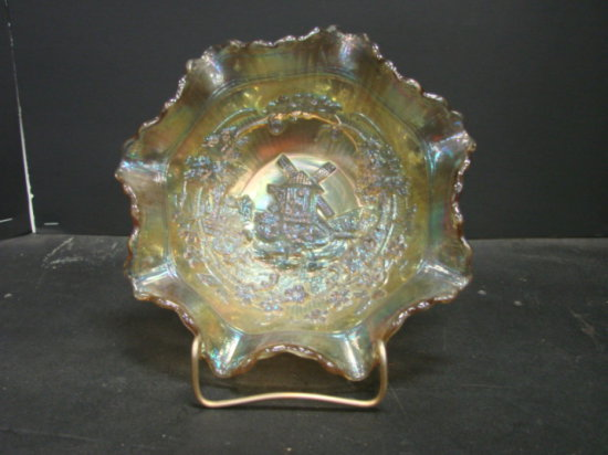 """8"""" LIGHT AMBER IMPERIAL GLASS WINDMILL BOWL"""