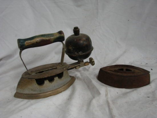 ANTIQUE STEAM IRON & SAD IRON