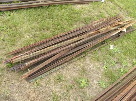 (15) 6 1/2 FT STEEL POSTS