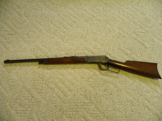 WINCHESTER MODEL 1894 38-55 CAL LEVER ACTION RIFLE