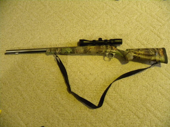 KNIGHT .52 CAL DISC EXTREME BLACK POWDER RIFLE - SCOPE SELLS SEPARATELY