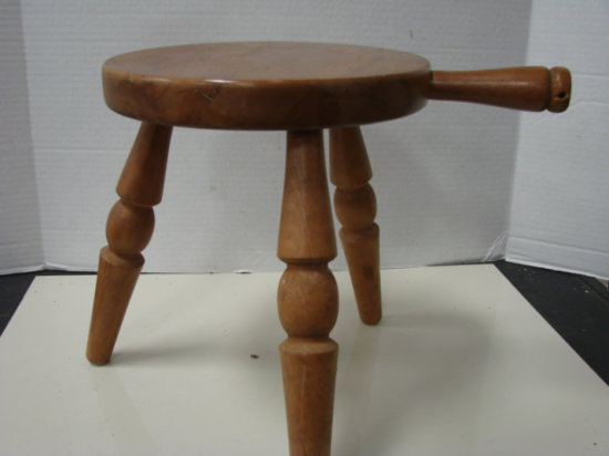 3 LEG WOODEN MILK STOOL