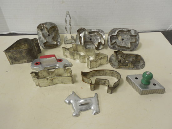 MISC. VINTAGE COOKIE CUTTERS
