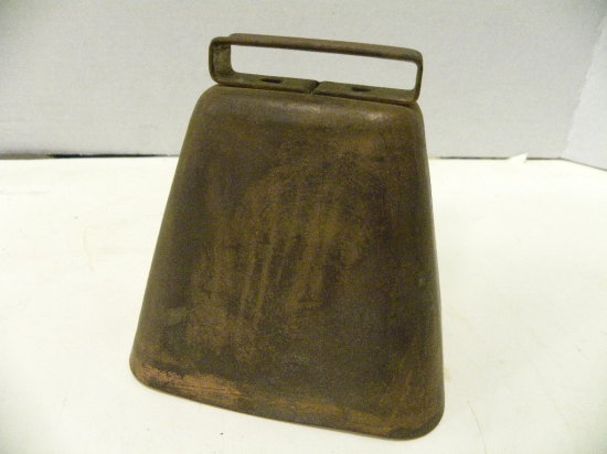 LARGE COPPER COW BELL