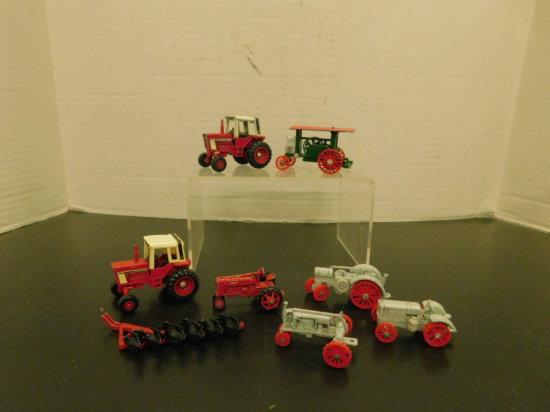 (8) MISC ERTL 1/64 FARM TRACTORS & ACCESSORIES