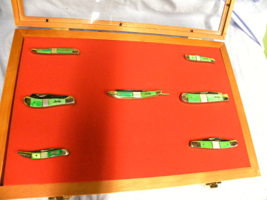 UNCLE LUCKY #440 STAINLESS LIMITED EDITION POCKET KNIFE SET IN DISPLAY CASE