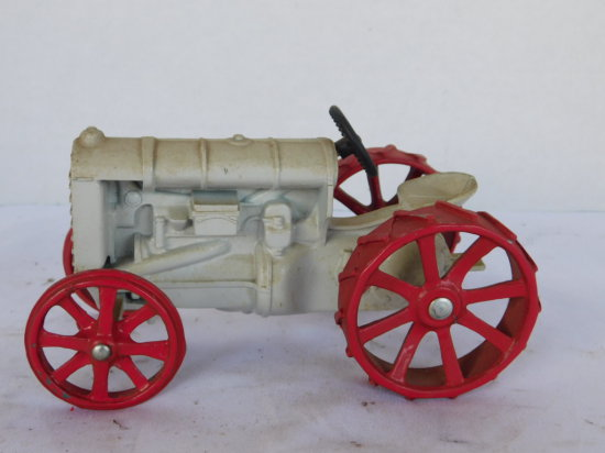 1/16 FORDSON ON STEEL
