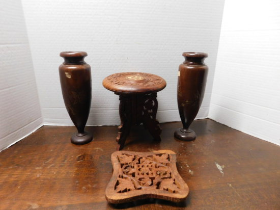 pr of wood vases, wood trivet & small stand