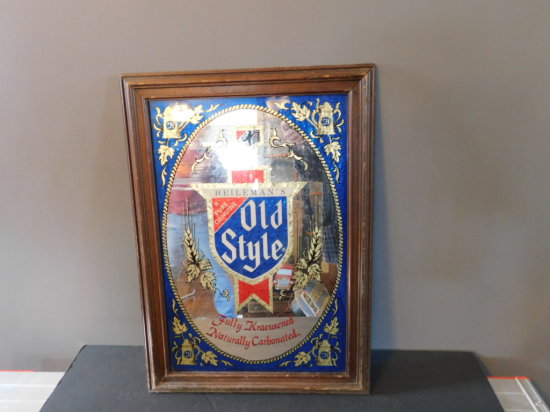 OLD STYLE BEER MIRROR IN WOOD FRAME
