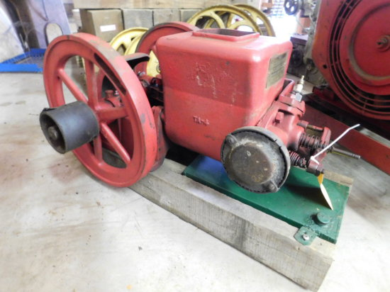 MACLEOD ENGINE CO 1 3/4 HP GAS ENGINE