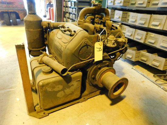 WISCONSIN VE 4 3 X 3 1/4 GAS ENGINE