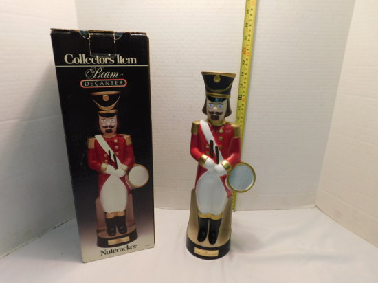 """1990 """"NUTCRACKER""""  HOLIDAY COLLECTION SERIES BEAM BOTTLE W/ BOX"""