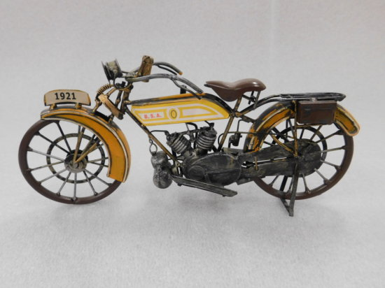 1921 REPLICA B.S.A COLLECTABLE MOTORCYCLE