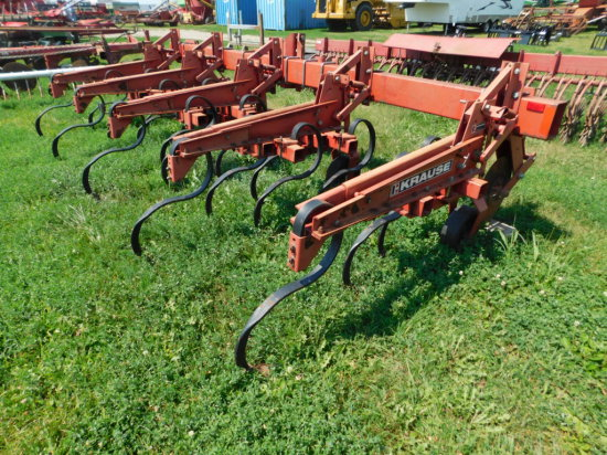 KRAUSE 4600 4 ROW 3PT CULTIVATOR