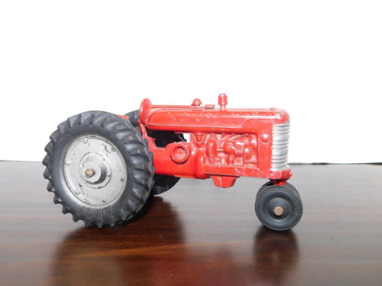SLIK TOY 1/16 FARMALL TRACTOR