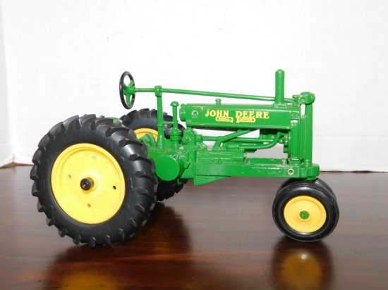 ERTL 1/16 UNSTYLED GP NARROW FRONT TRACTOR