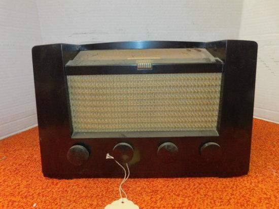 1949 RCA VICTOR AM-FM RADIO