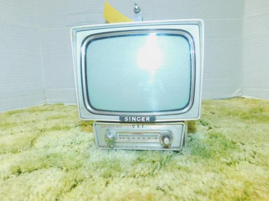 SINGER TRANSISTOR BLACK & WHITE TV