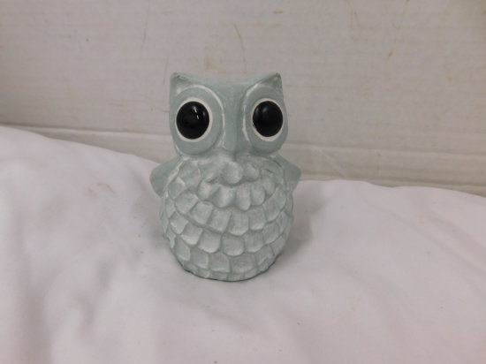 "ISABEL BLOOM ""OWL"" CEMENT FIGURINE"