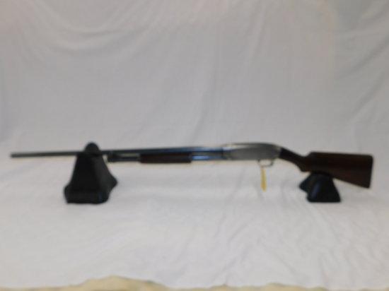 WINCHESTER MODEL 12 12GA PUMP SHOTGUN