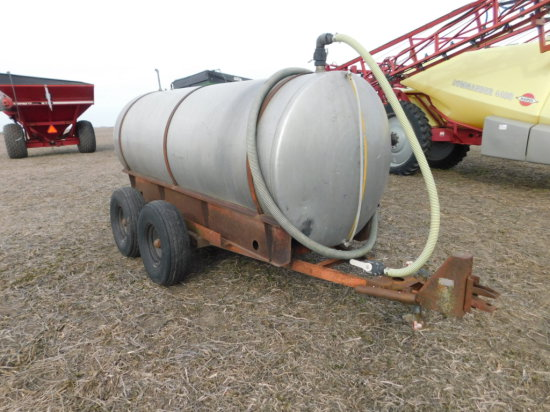1000 GAL STAINLESS TANK ON TANDEM AXLE TRAILER