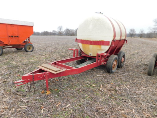 1000 GAL POLY TANK ON TANDEM AXLE TRAILER