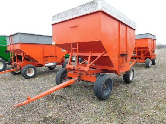 KORY 300 BUSHEL GRAVITY WAGON ON GEAR