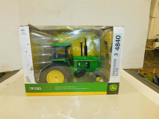ERTL PRECISION ELITE 1/16 JOHN DEERE 4840 W/ BOX