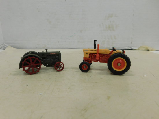ERTL 1/32 CASE 800 DIESEL & CASE TRACTOR ON STEEL