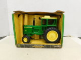 ERTL 1/16 COLLECTOR EDITION JOHN DEERE 4620 TRACTOR W/ BOX