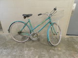 JOHN DEERE 3 SPEED LADIES BICYCLE