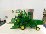 ERTL PRESTIGE COLLECTION 1/16 JOHN DEERE 45 COMBINE W/ BOX