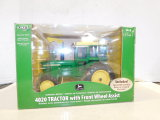 ERTL 1/16 COLLECTOR EDITION 4020 TRACTOR W/ CAB & FRONT WHEEL ASSIST W/ BOX
