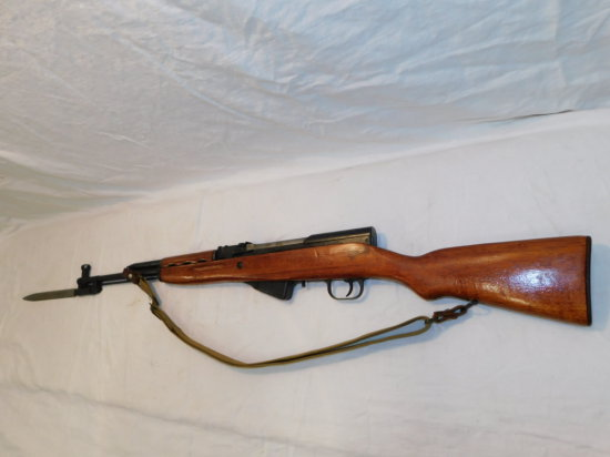 SKS CHINESE 7.62MM RIFLE W/ BAYONET & SLING