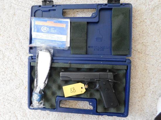 COLT MODEL 1991A1 SERIES 80 .45 ACP PISTOL W/ BOX, EXTRA MAG