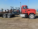 2001 MACK CH600 TANDEM CAB & CHASSIS