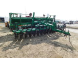 GREAT PLAINS SOLID STAND 2000 20FT NO-TILL GRAIN DRILL