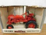 1989 ERTL 1/16 SCALE McCORMICK FARMALL CUB TRACTOR