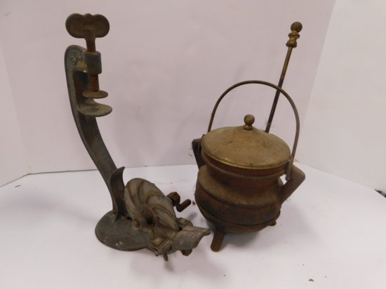 VINTAGE CHERRY PITTER AND CAST IRON POT W/ PESTEL